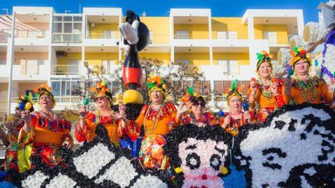 Participação do Grupo Convívio de Adultos no Carnaval de Quarteira